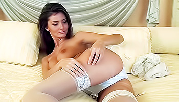 Sunshine - A dark haired hottie in white lingerie fills her cunt up