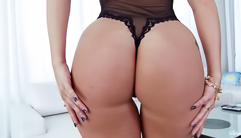 AJ Applegate - Blonde with a big ass is massaging her wet slit