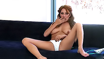 Ashlee Graham - Shaved Milf with gorgeous eyes fingering