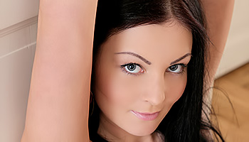 Alice Lee - Raven haired babe finds a dildo and shoves it up her holes