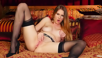 Ashley Lane - Blonde with long hair is going over her shaved snatch