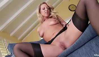 Britney Lace - Hot blonde is sticking her fingers inside herself